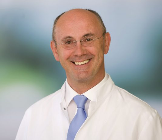 Portrait Dr. Ralf Thiel