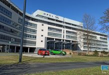 Opel Gebäude in Rüsselsheim